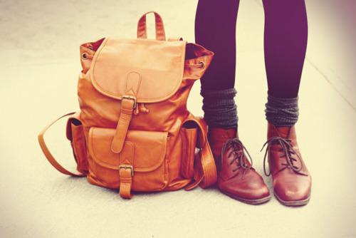 backpack-bag-fashion-leggings-legs-Favim.com-435749