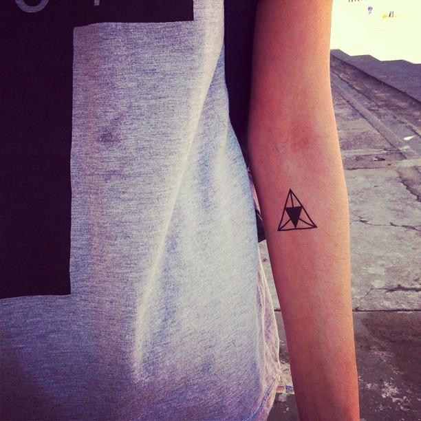tattoo dcer braço
